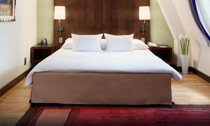 Hôtel Hilton Brussels City, Belgique - Suite junior avec très grand lit