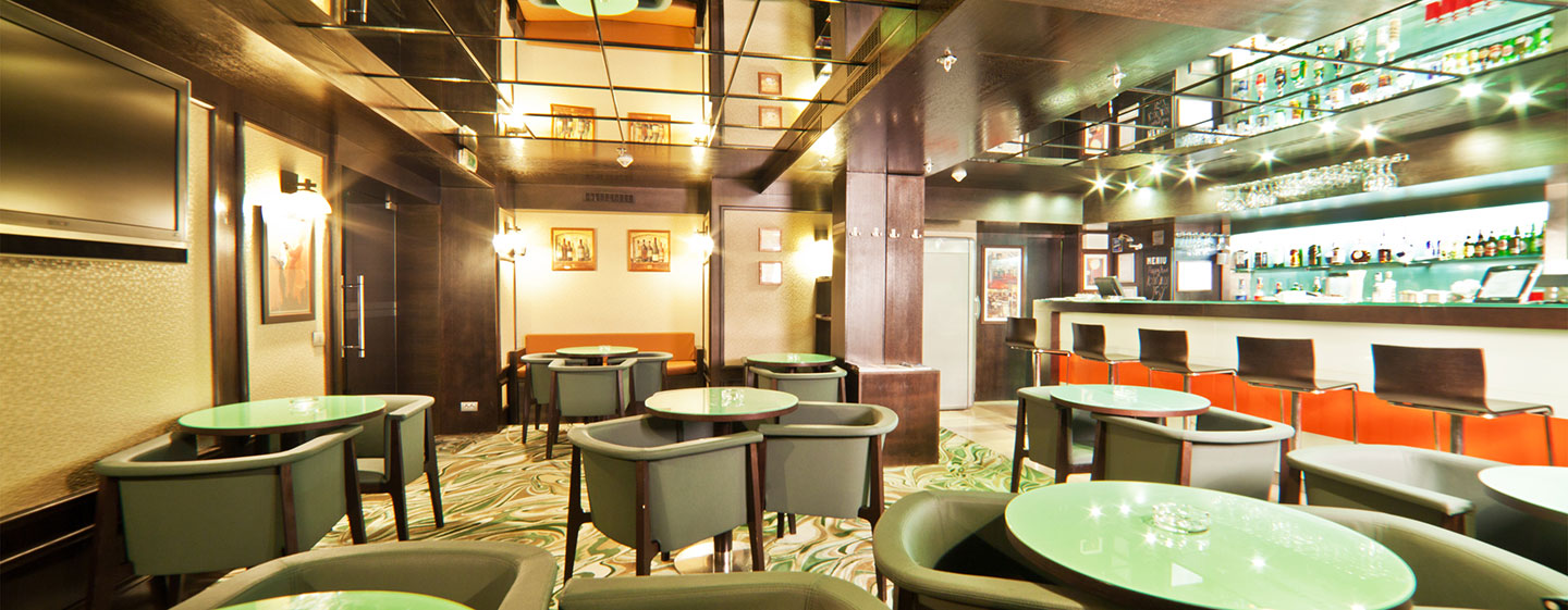 DoubleTree by Hilton Hotel Bucharest - Unirii Square Hotel, Romania - Amber Bar