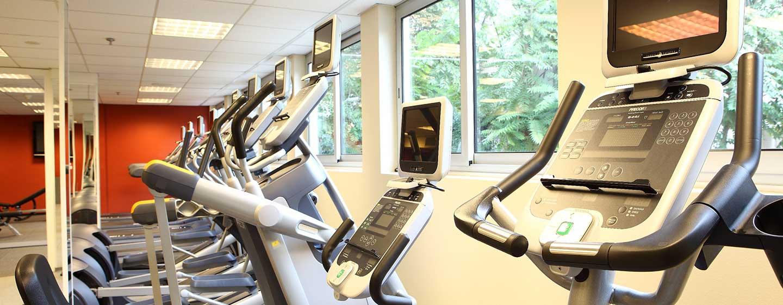 Im gut ausgestatteten Fitness Center können Sie Ihrem Cardio- und Krafttraining nachgehen