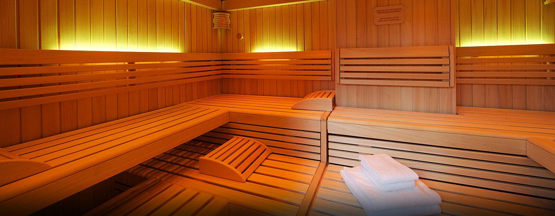 Relaxen Sie bei einem Gang in der finnische Sauna