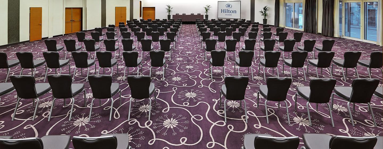 Laden Sie bis zu 400 Gäste zu Hochzeit, Geburtstagsfeier oder Firmenevent ein