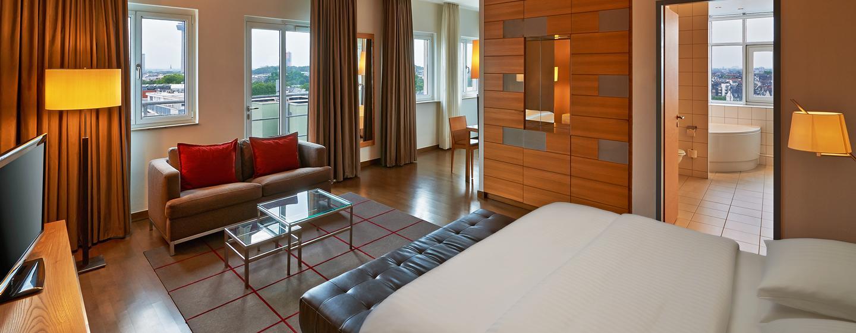 Genießen Sie den Ausblick auf die Großstadt Köln aus Ihrer Duplex Suite aus