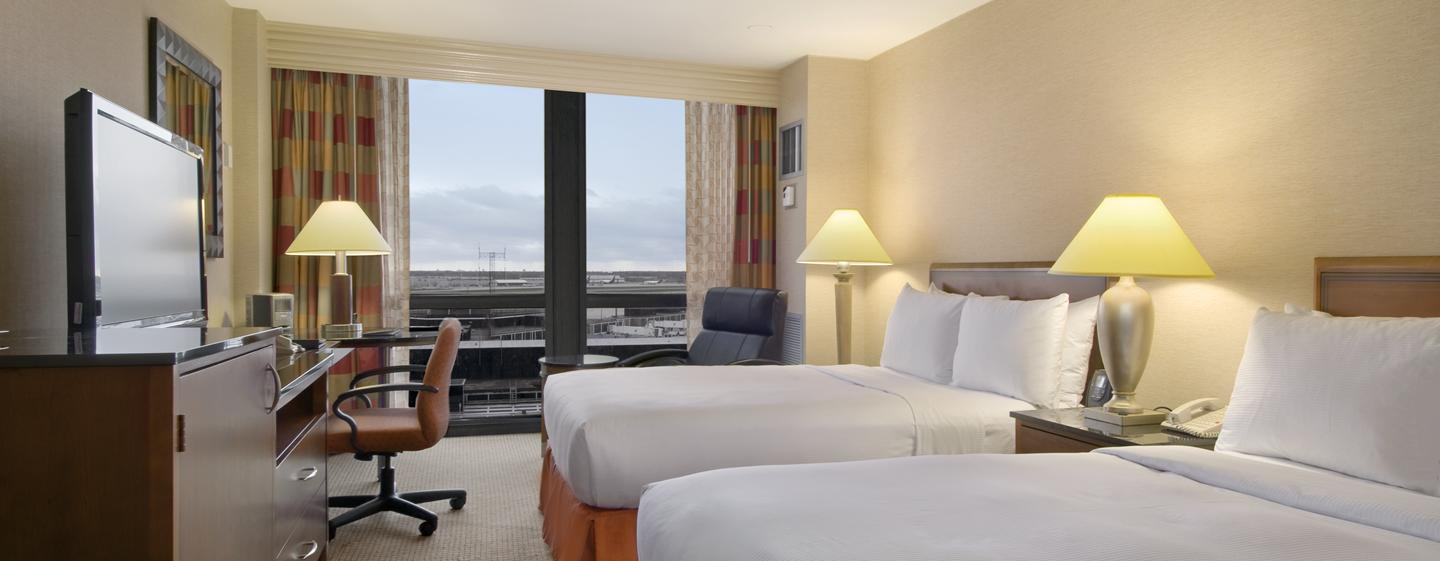 Hilton Chicago O'Hare Airport - Quarto com cama queen-size