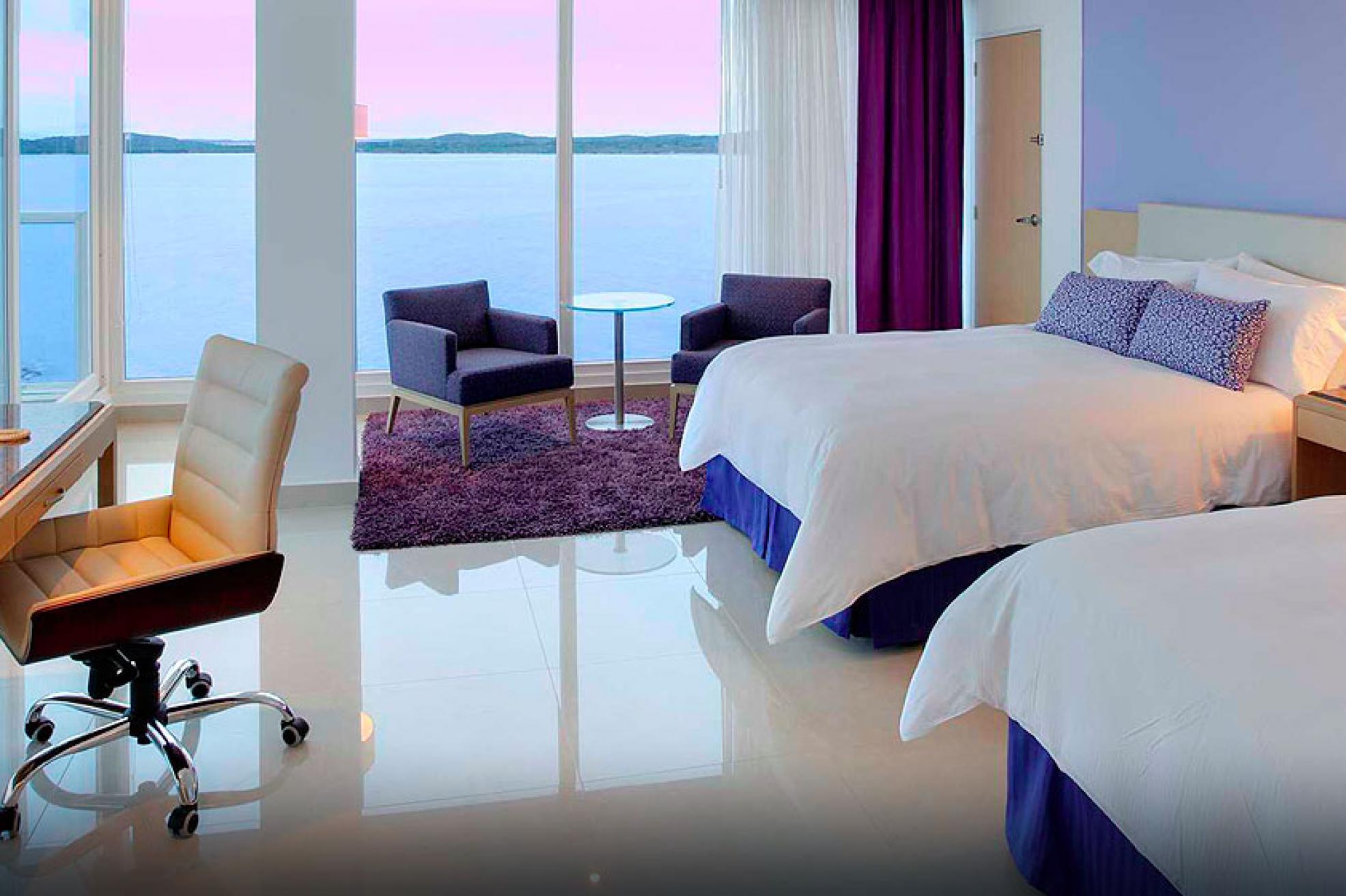 Hotel y resort hilton cartagena en colombia for Hoteles con habitaciones dobles comunicadas