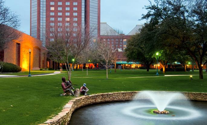 Hilton Anatole, Dallas TX - Exterior del hotel