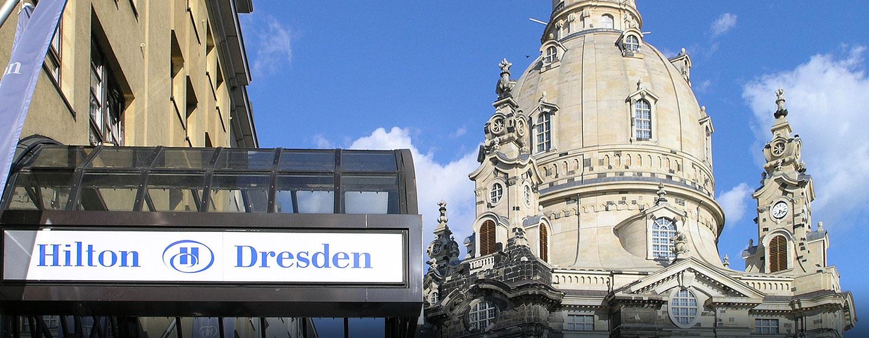 Hilton Dresden Hotel – Außenansicht des Hilton Dresden