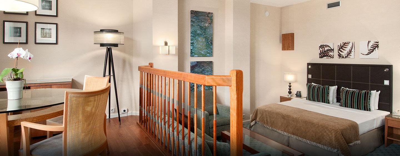 Viel Platz und eine moderne Ausstattung bietet Ihnen die zweistöckige Junior Duplex Suite