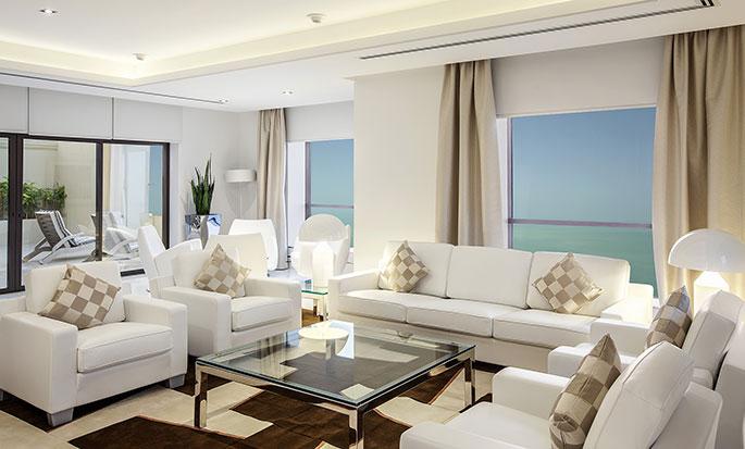 Hotel Hilton Dubai The Walk, EAU - Soggiorno della Suite Reale