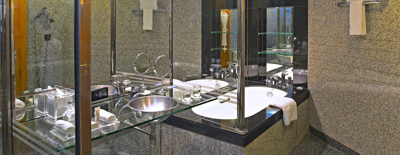 Hotel Hilton Dubai Creek, EAU - Vasca da bagno