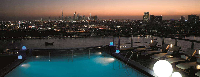Hotel Hilton Dubai Creek, EAU - Piscina sul tetto