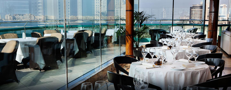 """Hilton Dubai Jumeirah Resort, VAE – Sky Bar """"BiCE"""""""