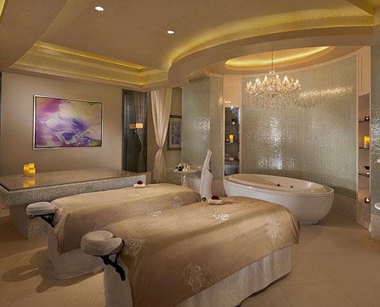 Waldorf Astoria Dubai Palm Jumeirah, Förenade Arabemiraten – Signaturbehandlingar