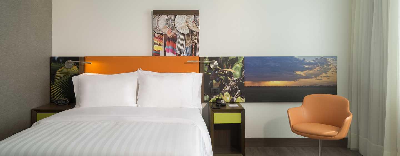 Hotel Hampton by Hilton Yopal, Colombia - Habitación con cama Queen