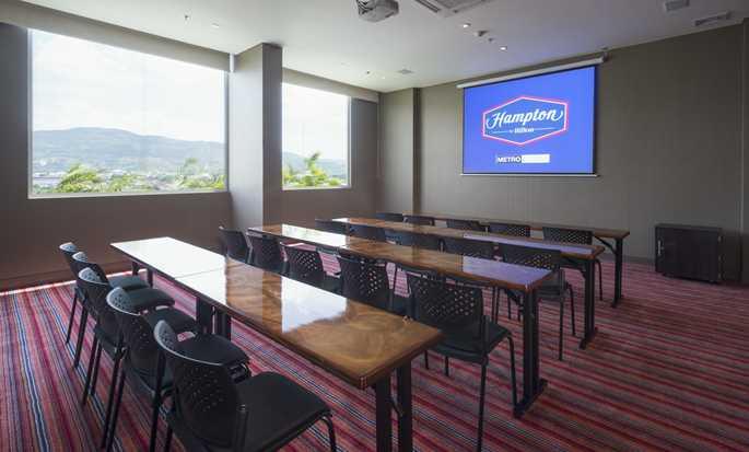 Hotel Hampton by Hilton Yopal, Colombia - Sala de reuniones