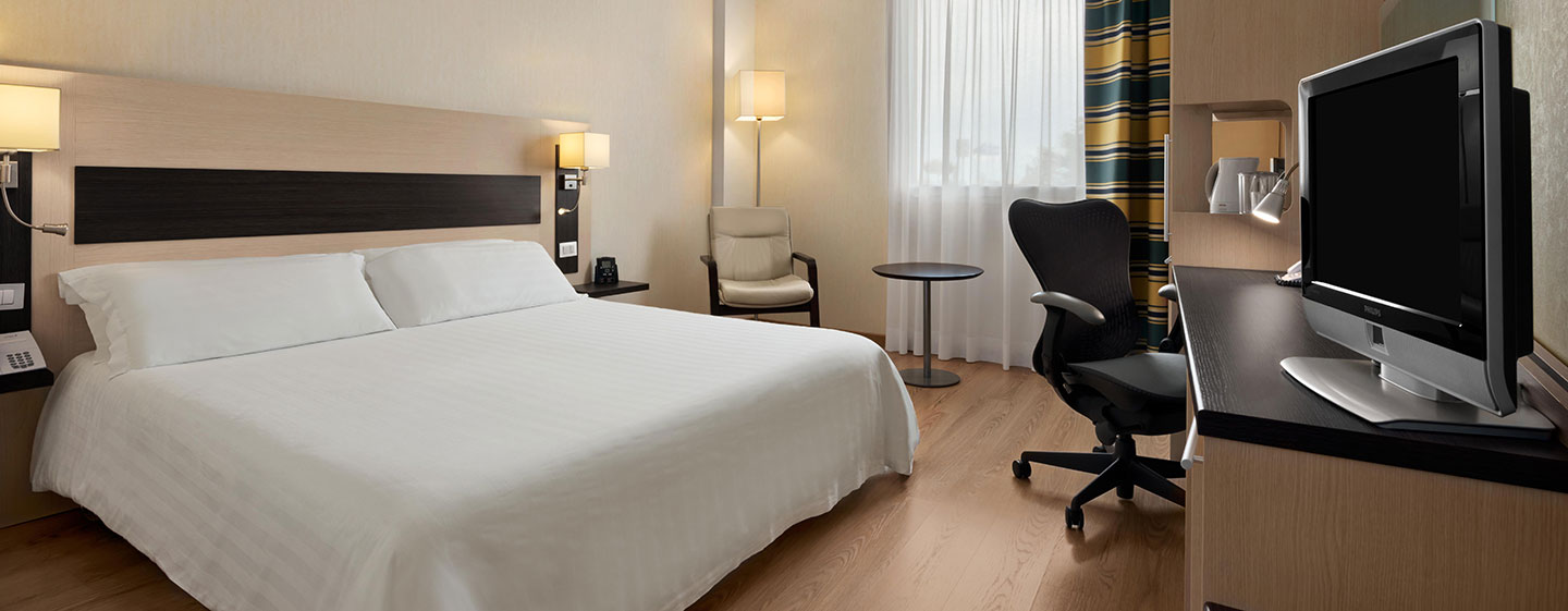 Hotel Hilton Garden Inn Rome Airport, Italia - Camera Evolution con letto king size