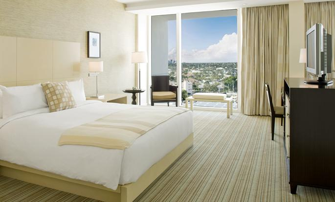 Hilton Fort Lauderdale Marina - Guest Room