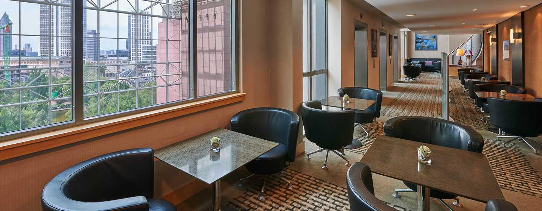 Genießen Sie einen frischen Kaffee in der Executive Lounge des Hotels
