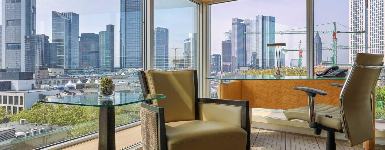 Über elegantes Design und moderne Einrichtung verfügt das Deluxe Plus Gästezimmer