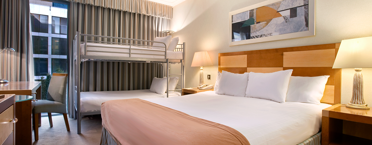 Hilton London Gatwick Airport, UK – Kompaktes Familienzimmer