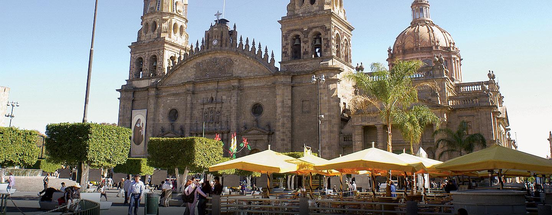 Hotel Hilton Guadalajara - Catedral de Guadalajara