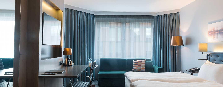 Hilton Helsinki Strand, Finnland – Executive Zimmer mit King-Size-Bett