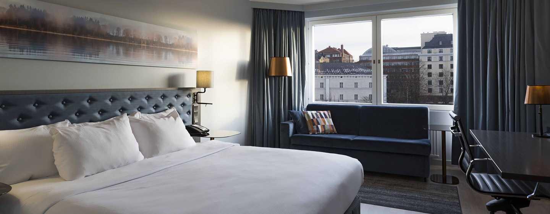 Hilton Helsinki Strand, Finnland– Zimmer mit King-Size-Bett