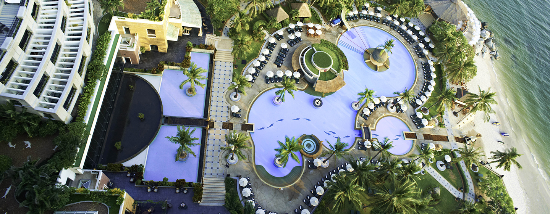 Hilton Hua Hin Resort & Spa, Thailand –Swimmingpool