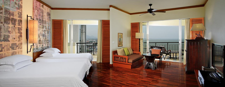 Hilton Hua Hin Resort& Spa, Thailand – Zimmer mit zwei Einzelbetten und Ausblick auf den Golf