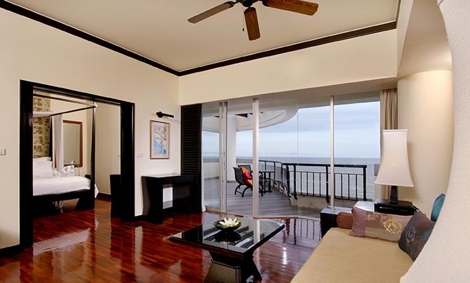 Hilton Hua Hin Resort & Spa, Thailand – Wohnbereich der Suite