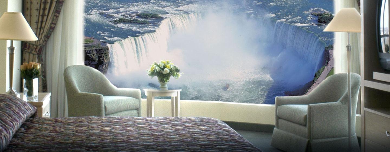 Hôtel Embassy Suites by Hilton Niagara Falls - Fallswiew, Canada - Vue des chutes depuis une suite