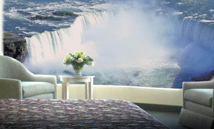 Hôtel Embassy Suites Niagara Falls - Fallsview, ON, Canada - Vue des chuttes depuis une chambre