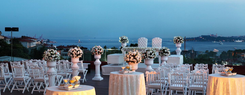 Conrad Istanbul Hotel, Türkei – Terrasse