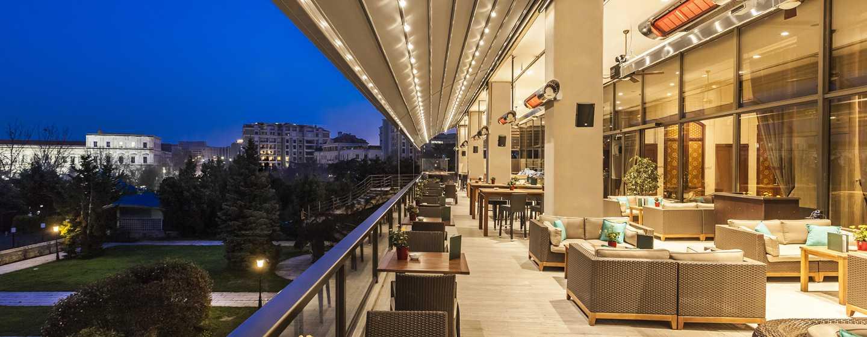 Veranda Bar und Terrasse