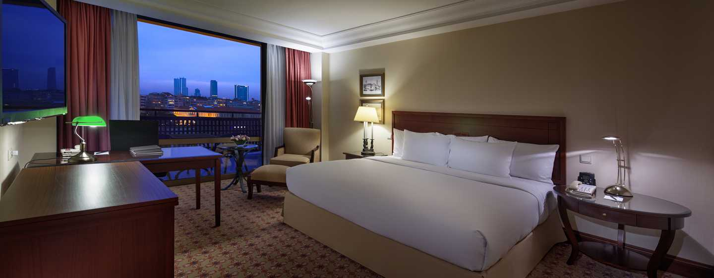 Die Executive Zimmer verfügen über ein King-Size-Bett und ermöglichen den Zugang zur Executive Lounge im neunten Stockwerk