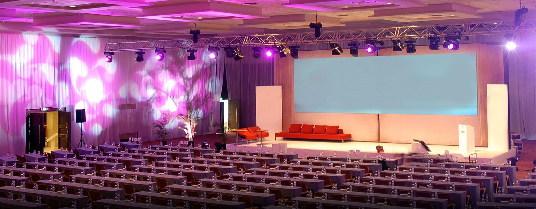 Veranstalten Sie Meeting, Tagungen oder Hochzeiten mit bis zu 3.000 Gästen bei uns