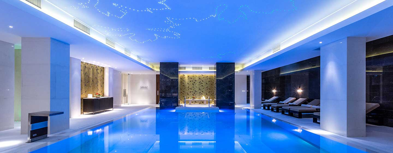 Hotel Hilton Kyiv, Ukraina – Kryty basen z podgrzewaną wodą