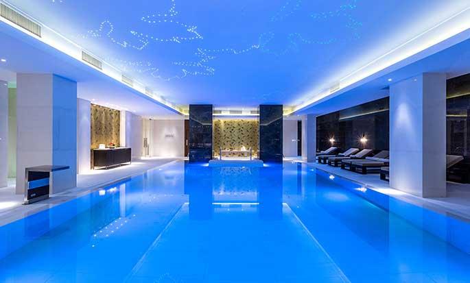 Hotel Hilton Kyiv, Ukraina – Basen