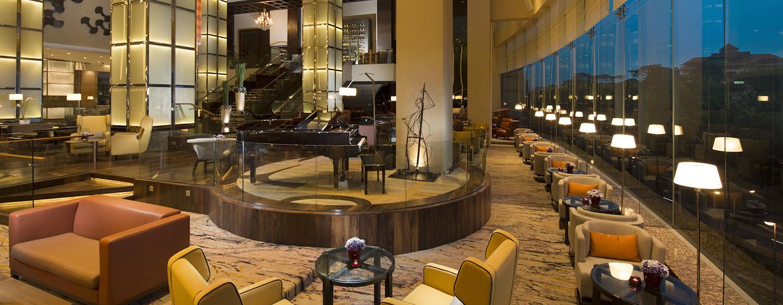 Die Lobby- Lounge des modernen Luxushotels wurde vor kurzem modernisiert
