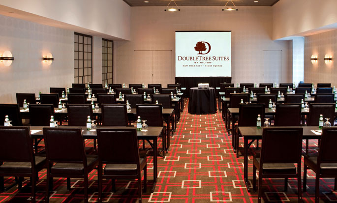 Hotel DoubleTree Suites by Hilton New York City - Times Square - Nueva York, NY - Sala Off Broadway