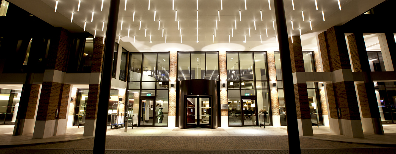 Das moderne Hilton London Heathrow Airport Terminal 5 Hotel läd zum wohlfühlen ein
