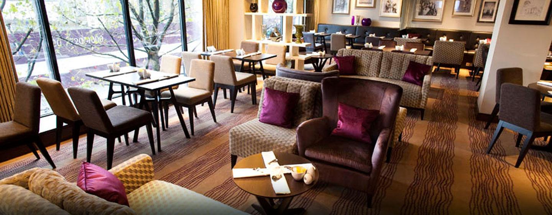 In der gemütlichen Executive Lounge können Gäste der Executive Zimmer und Suiten entspannen
