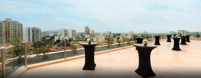 Espaço para reuniões no terraço