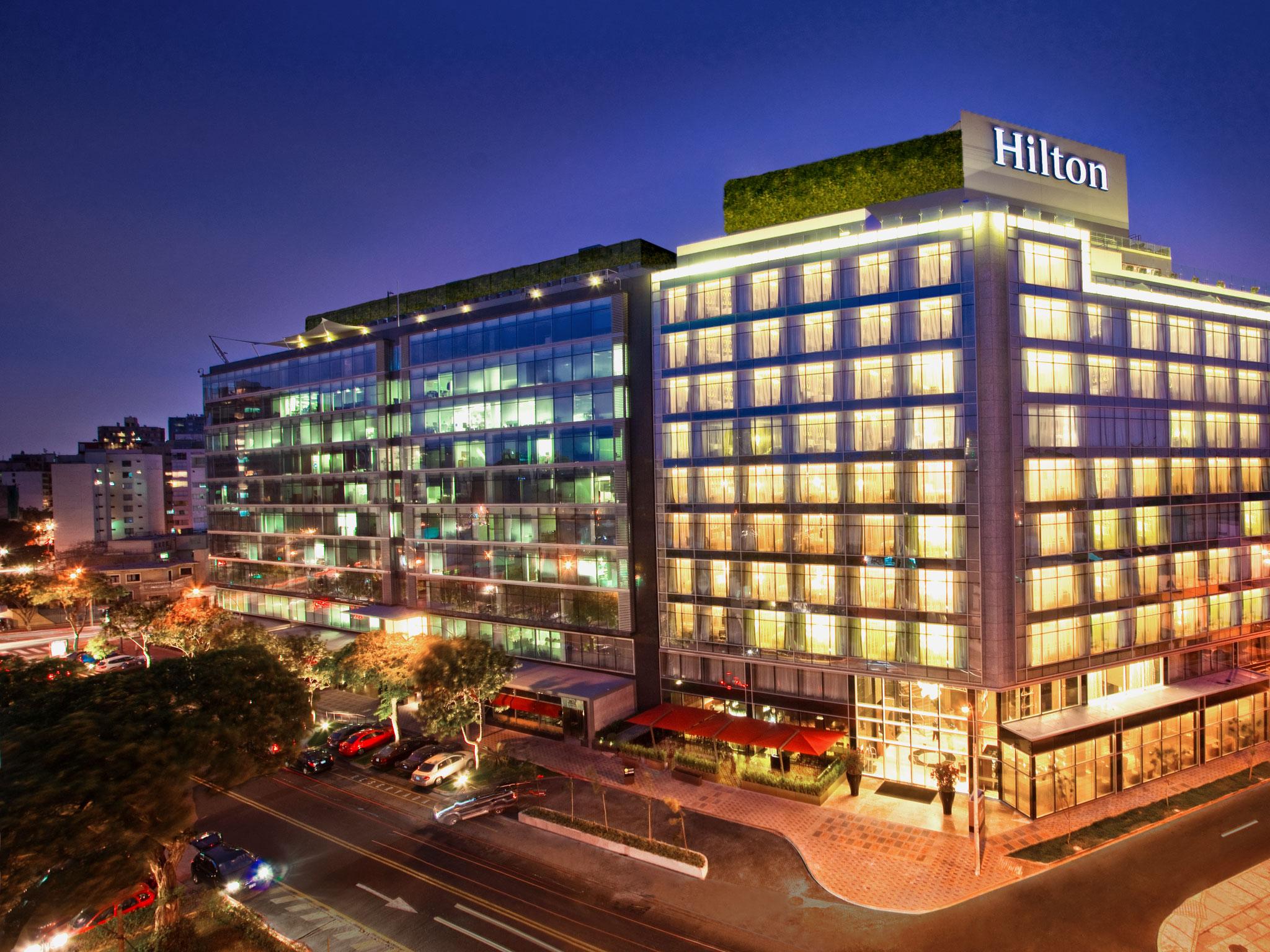 Hotel en per lima paracas hilton for Hoteles de lujo modernos