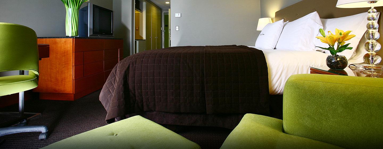 Hotel El Pardo DoubleTree by Hilton, Lima, Perú - Habitación con cama Queen
