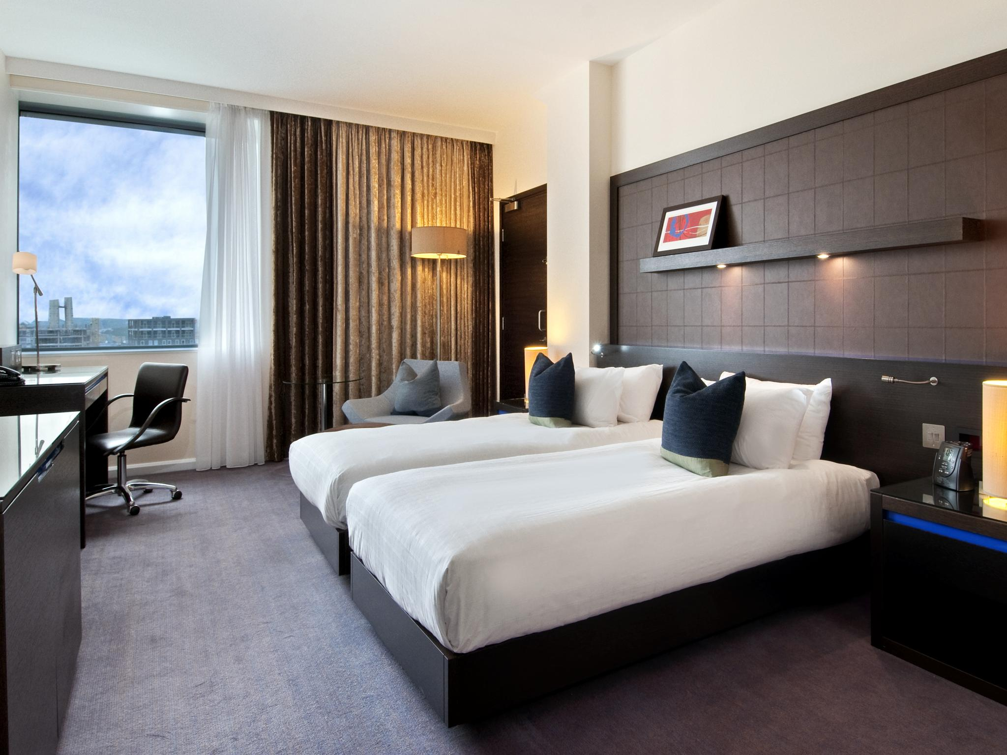 H tels londres hilton london canary wharf for Hotel cube londres
