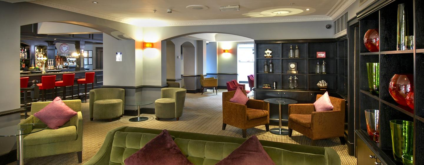 Hotel Hilton London Green Park, Londra, Regno Unito - Berry Bar & Lounge
