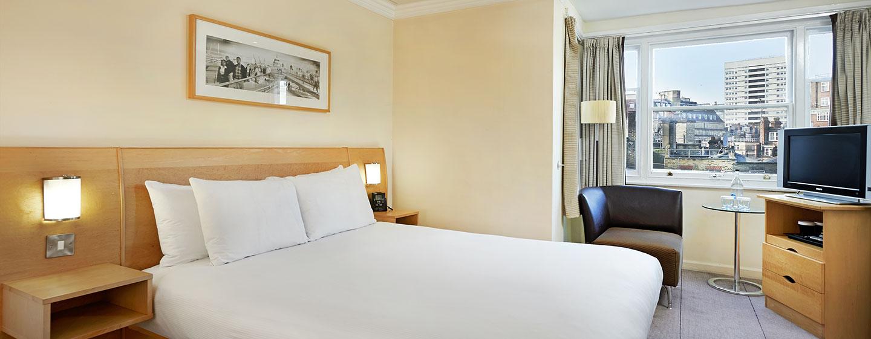 Hotel Hilton London Green Park, Londra, Regno Unito - Camera Hilton con letto matrimoniale