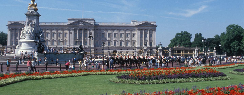 Der Buckingham Palace ist nur wenige Gehminuten vom Hotel entfernt