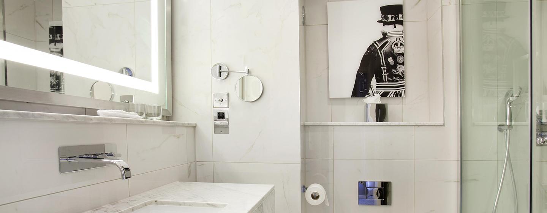 Hilton London Angel Islington Hotel, Großbritannien - Badezimmer mit Dusche