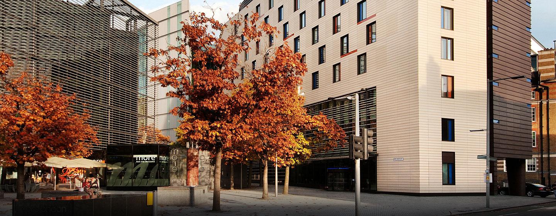 Das moderne Hotel begrüßt Sie in guter Lage in London